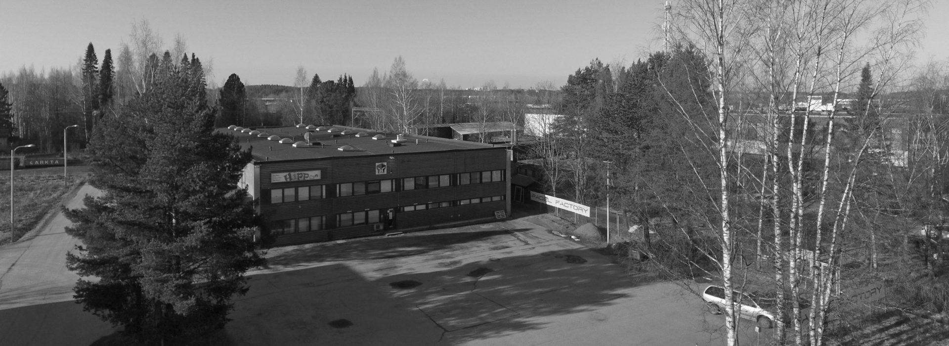 Padel Factory Tampere - Vestonkulma 2 • 33580 Tampere